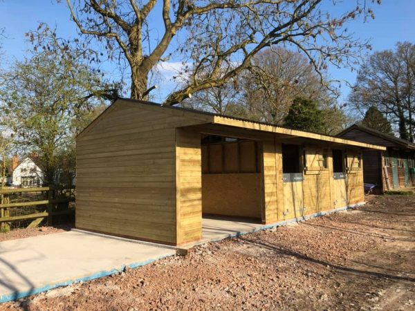 12 x 36 Stable Block Shiplap Timber with barn/washbox