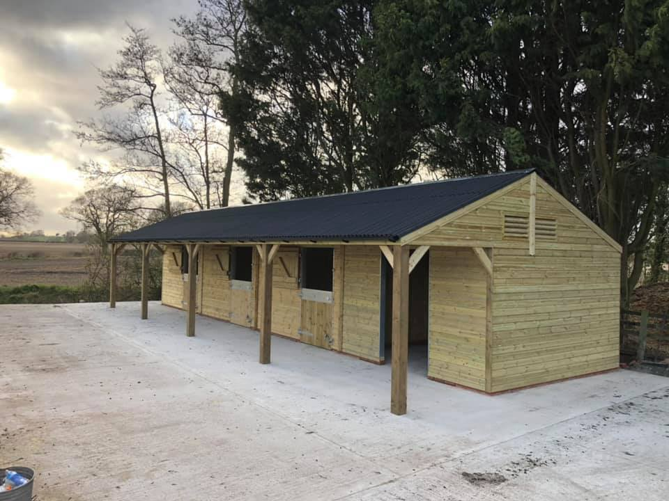 Timber Stables Installed In Warwickshire